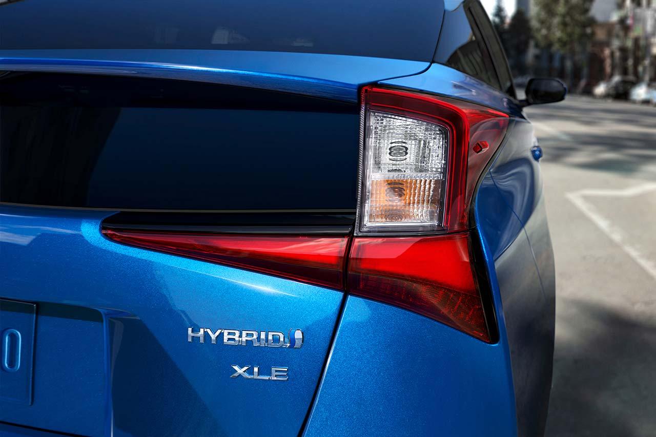 Toyota_Prius_2019_tinhte_10.jpg