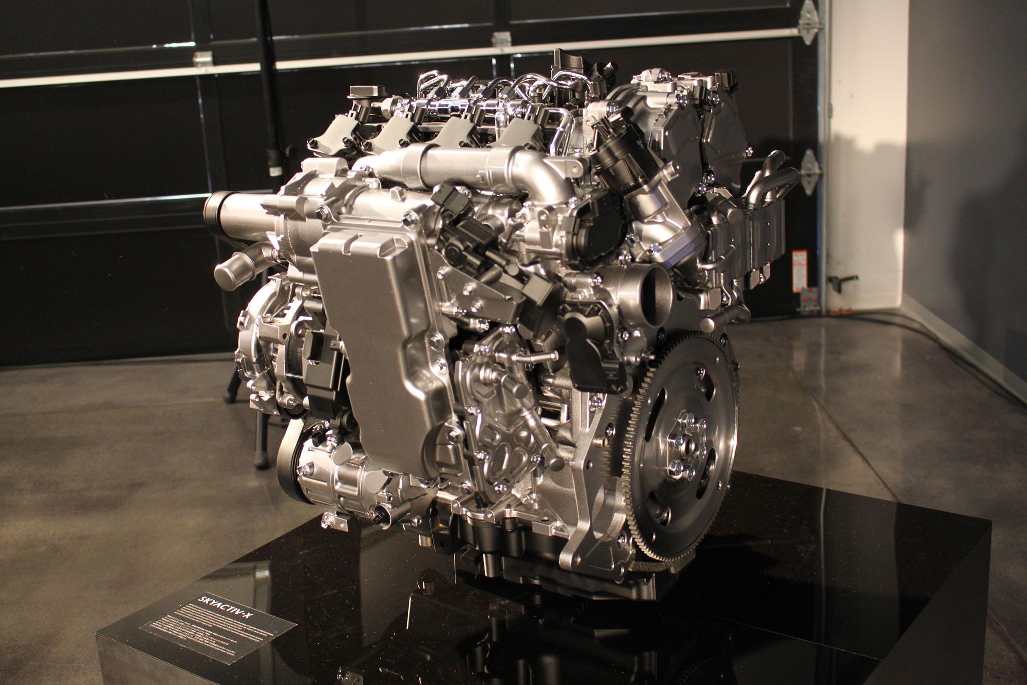 Tinhte_Mazda2.JPG