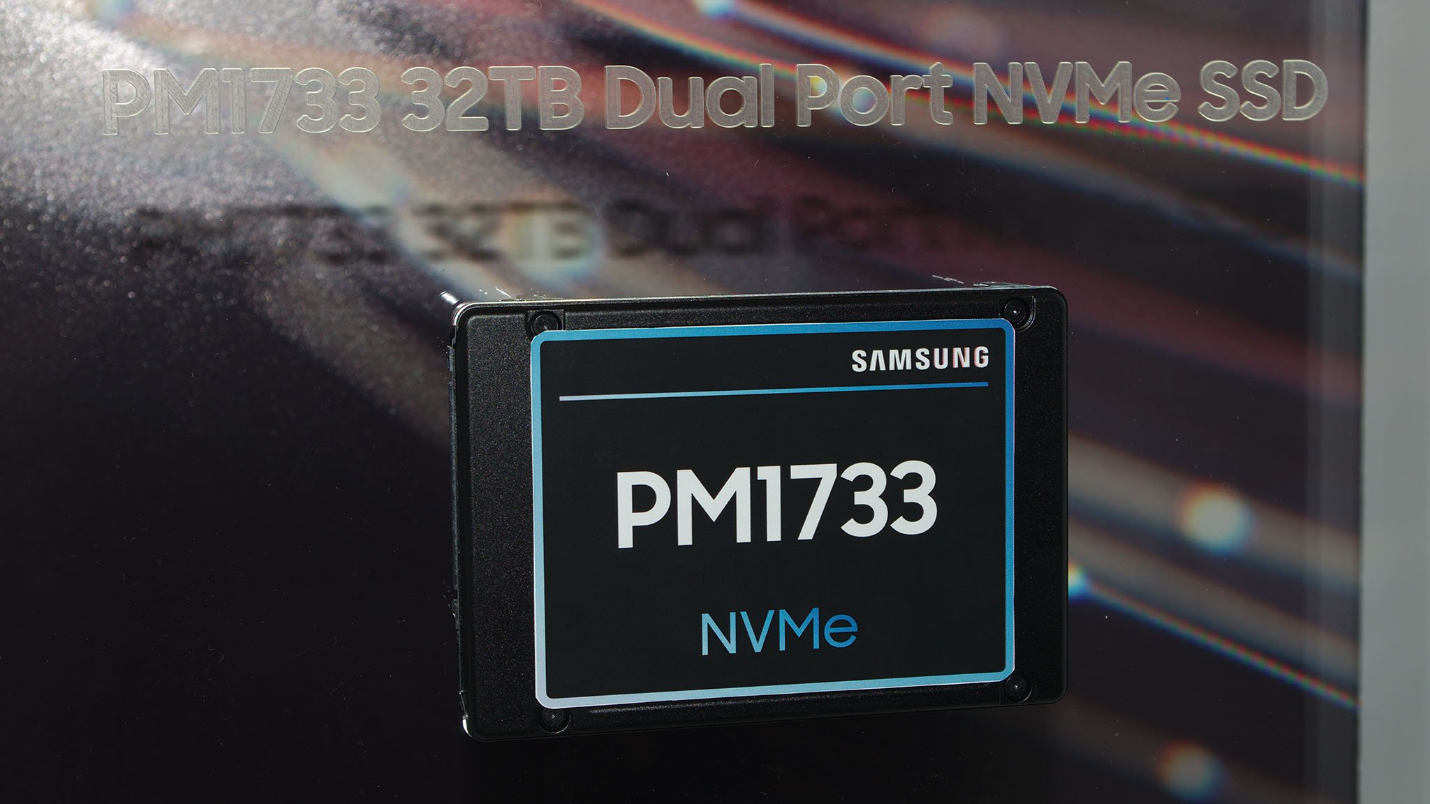 Samsung PM1733.jpg