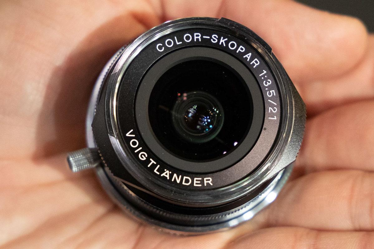 Voigtländer-Color-Skopar-21mm-f3.5-lens-for-Leica-M-mount1.jpg