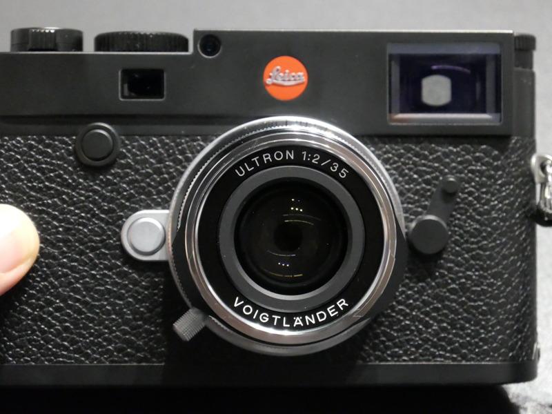 Voigtländer-Ultron-35mm-f2-Aspherical-VM-lens1.jpg
