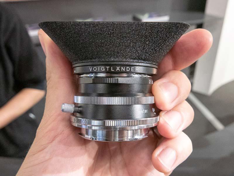 Voigtländer-Ultron-35mm-f2-lens-for-Leica-M-mount4.jpg