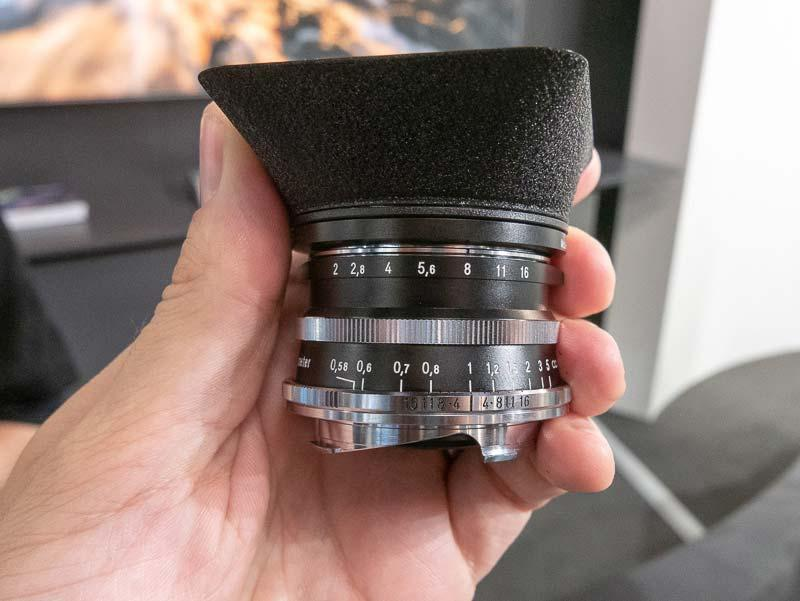 Voigtländer-Ultron-35mm-f2-lens-for-Leica-M-mount2.jpg