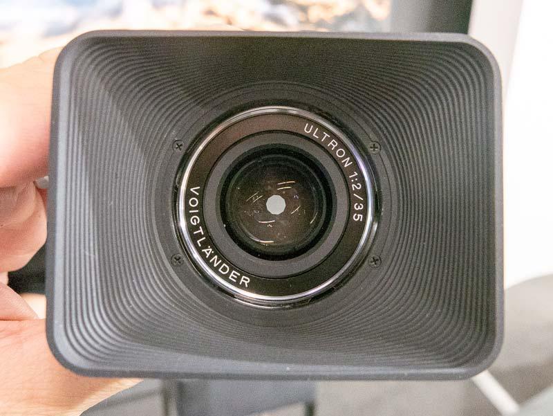 Voigtländer-Ultron-35mm-f2-lens-for-Leica-M-mount1.jpg