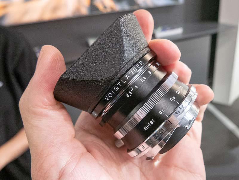 Voigtländer-Color-Skopar-21mm-f3.5-lens-for-Leica-M-mount2-1.jpg