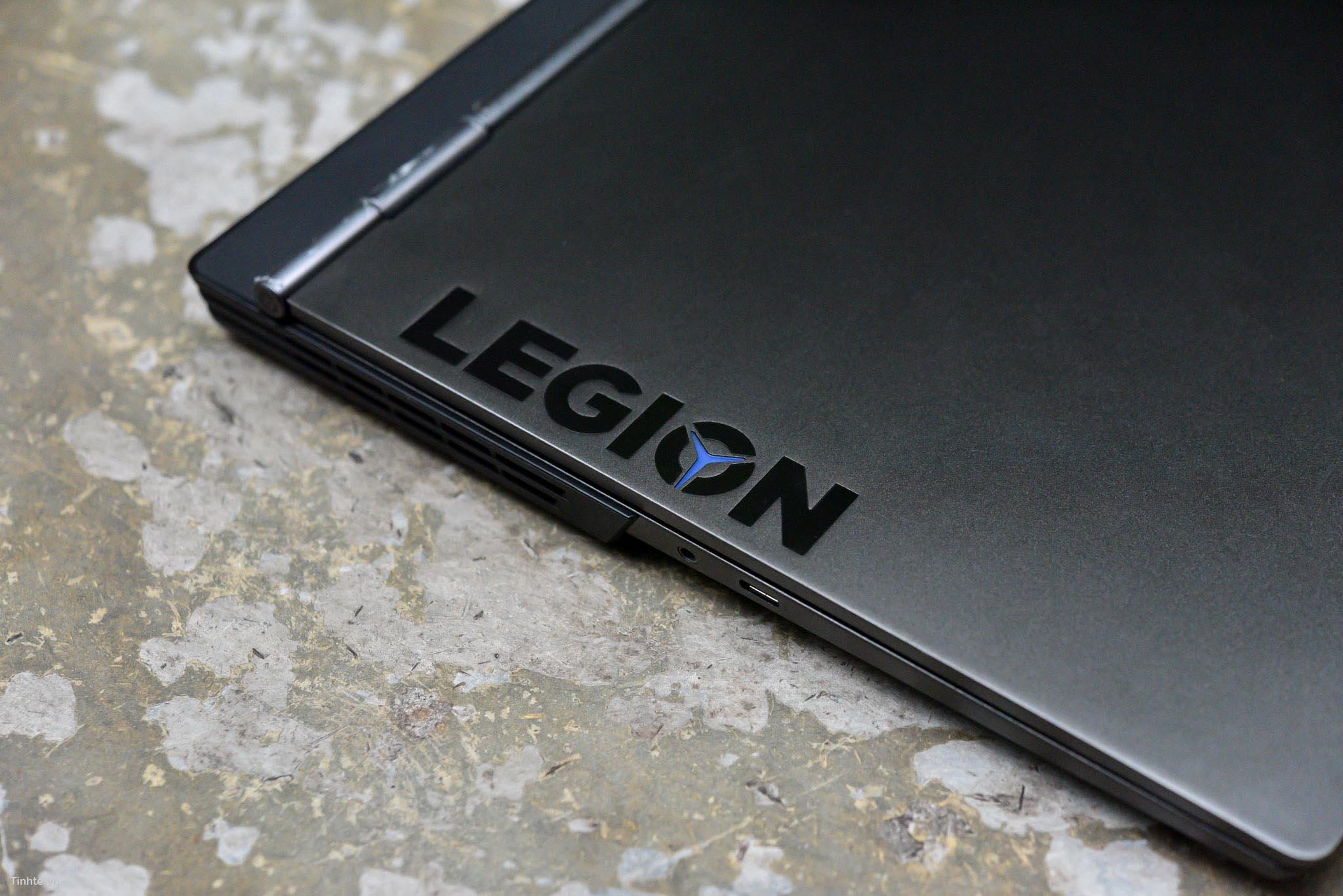 Tinhte.vn_Legion_Y740-1.jpg