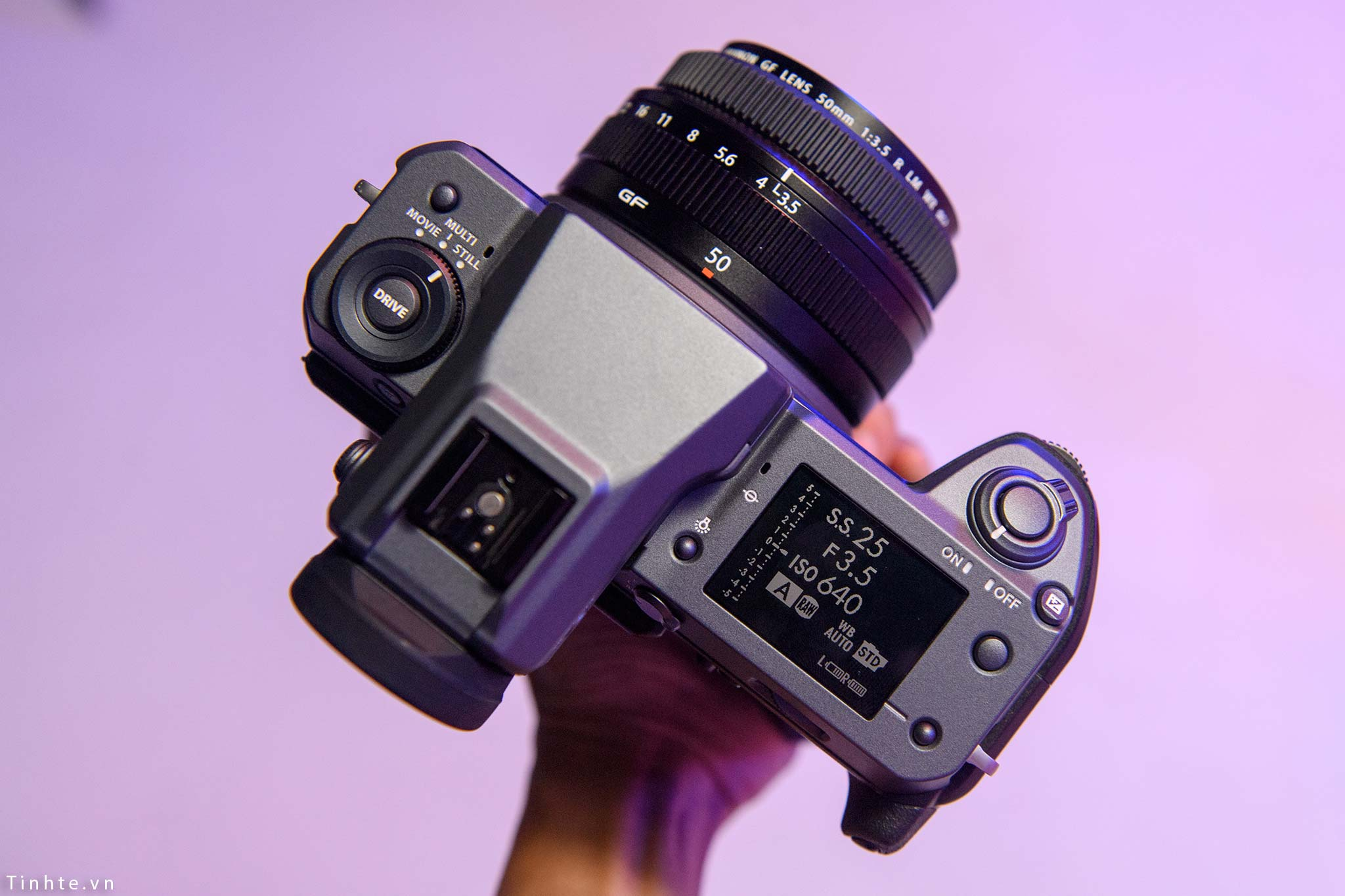 Fujifilm_GFX100_vietnam_tinhte_14.jpg