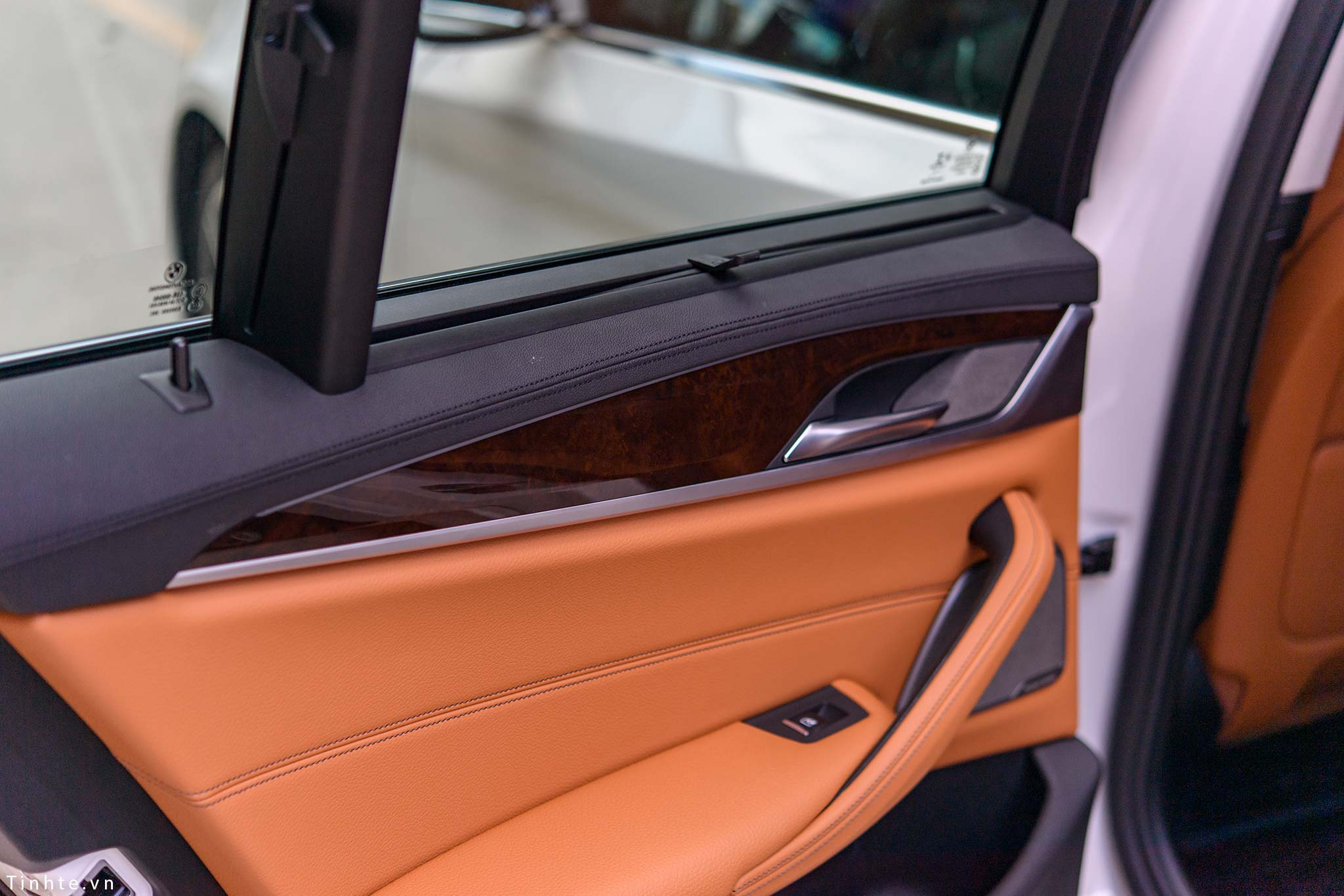 BMW_530i_G30_tinhte_20.jpg