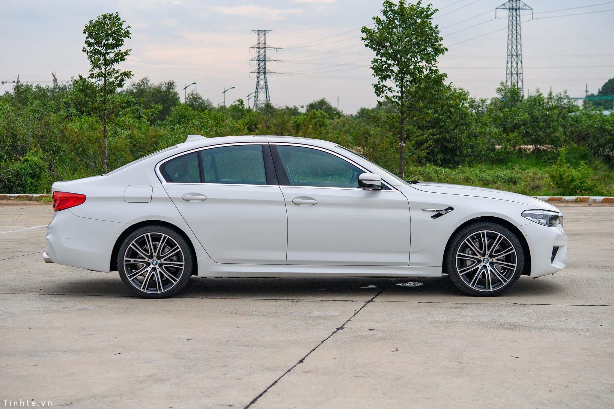 BMW_530i_G30_tinhte_39.jpg