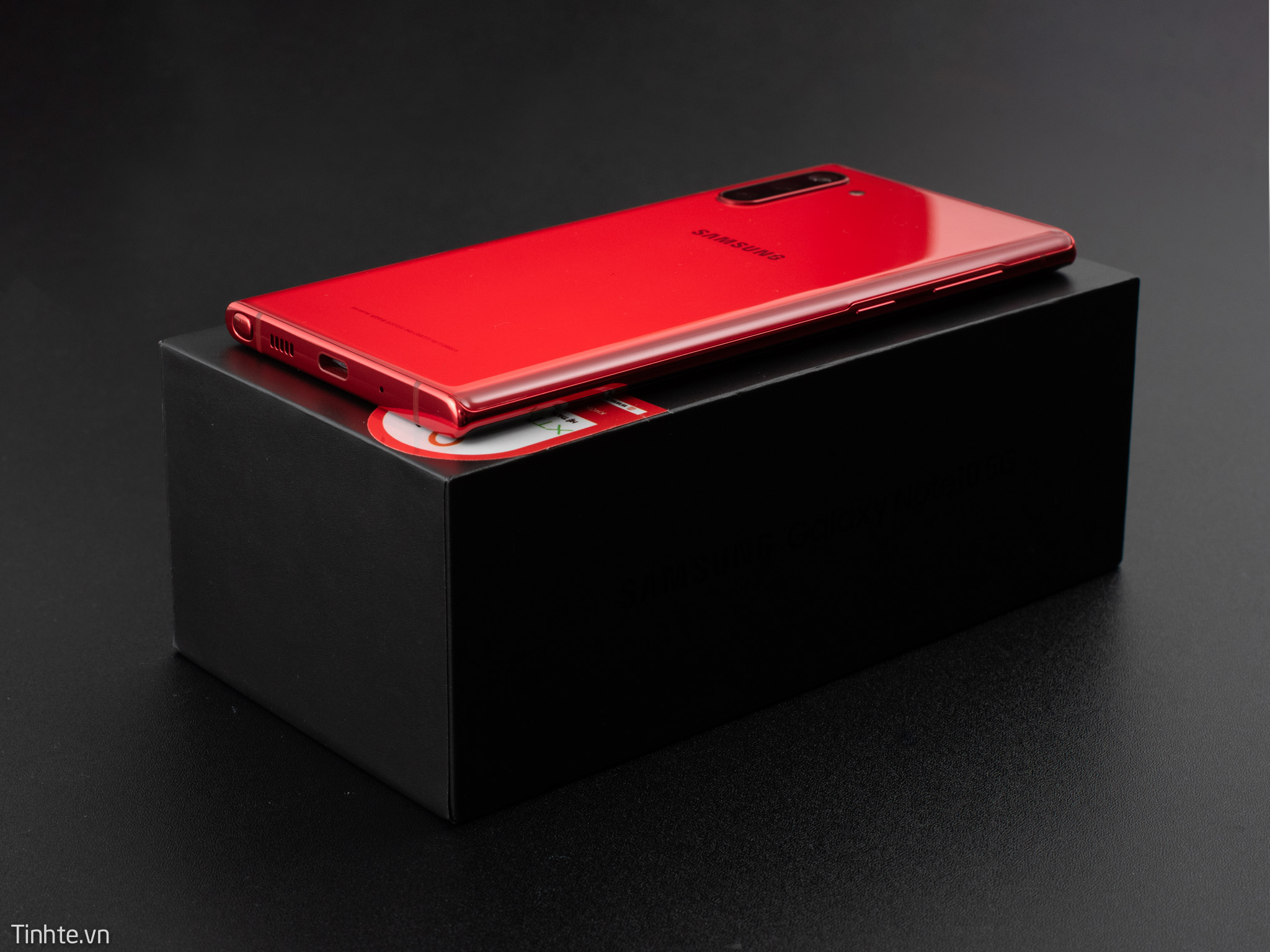 Galaxy-Note10-Aura-RED-13.jpg