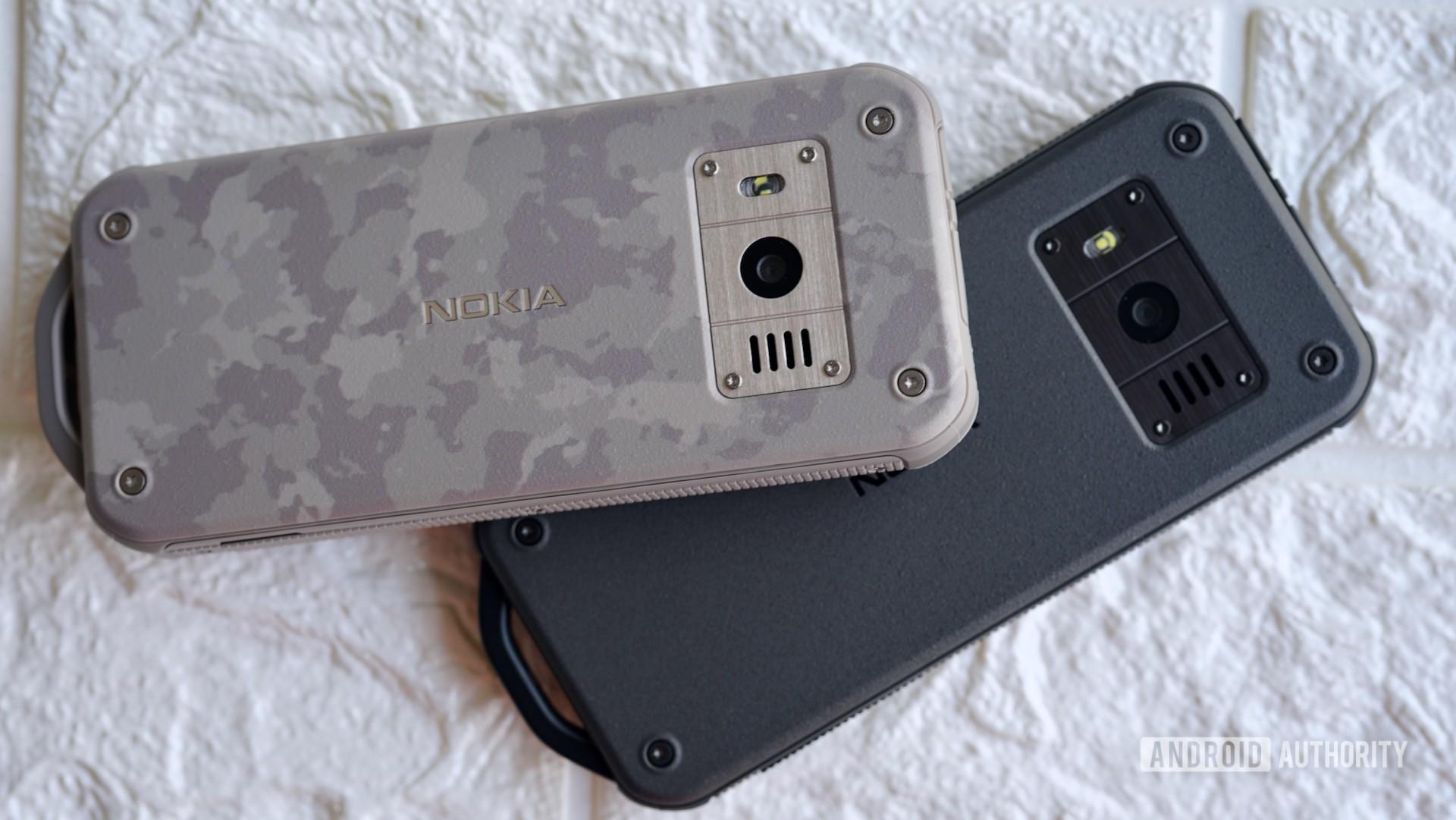 Nokia-800-Tough-camo-and-black..jpeg