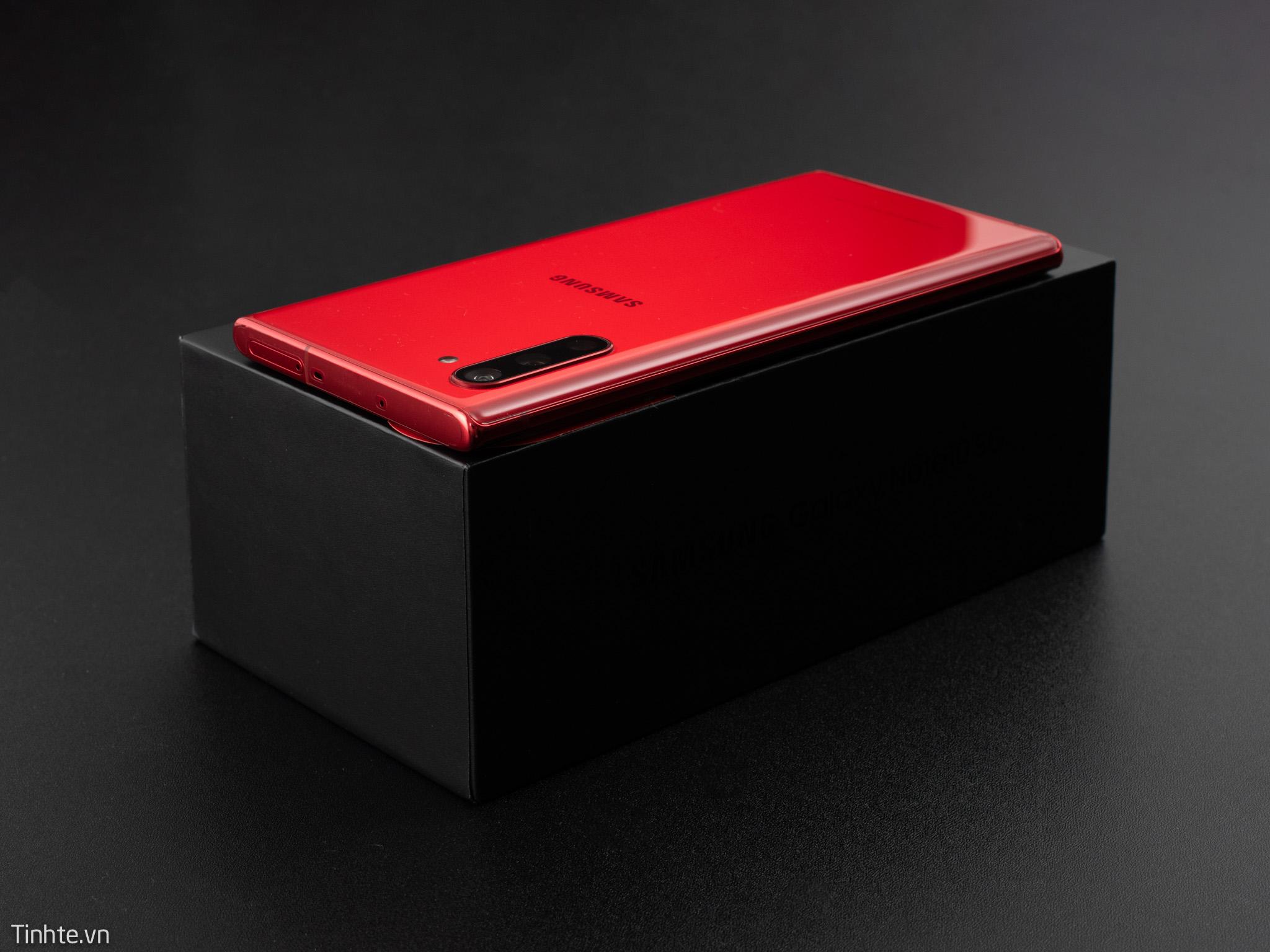 4759484_Galaxy-Note10-Aura-RED-14.jpg
