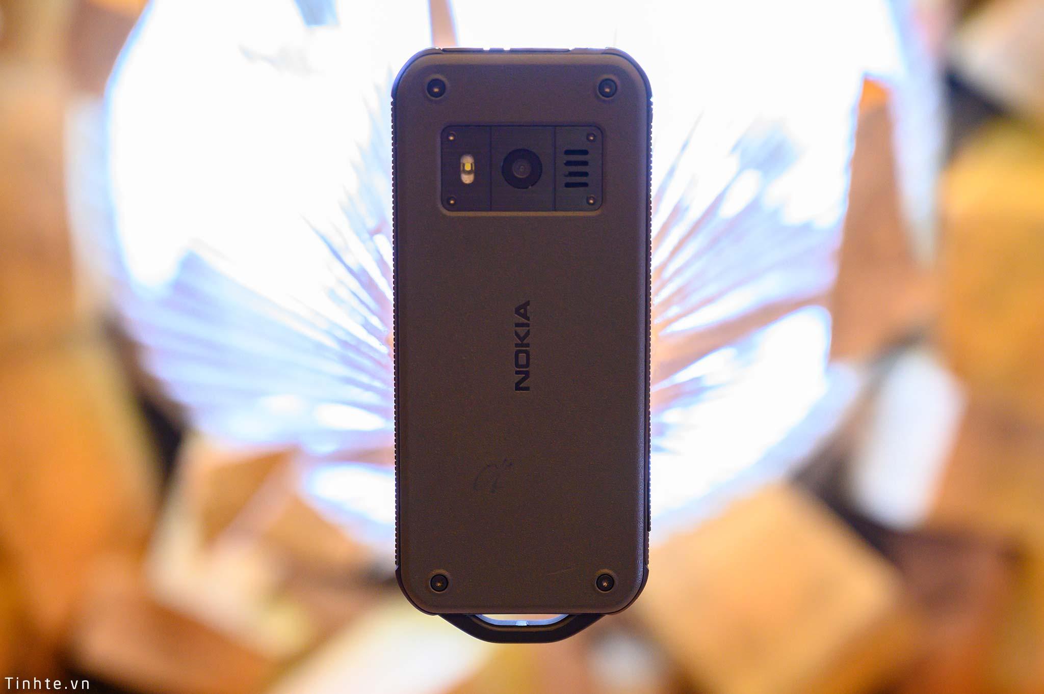 Nokia_800_Tough_tinhte_1.jpg