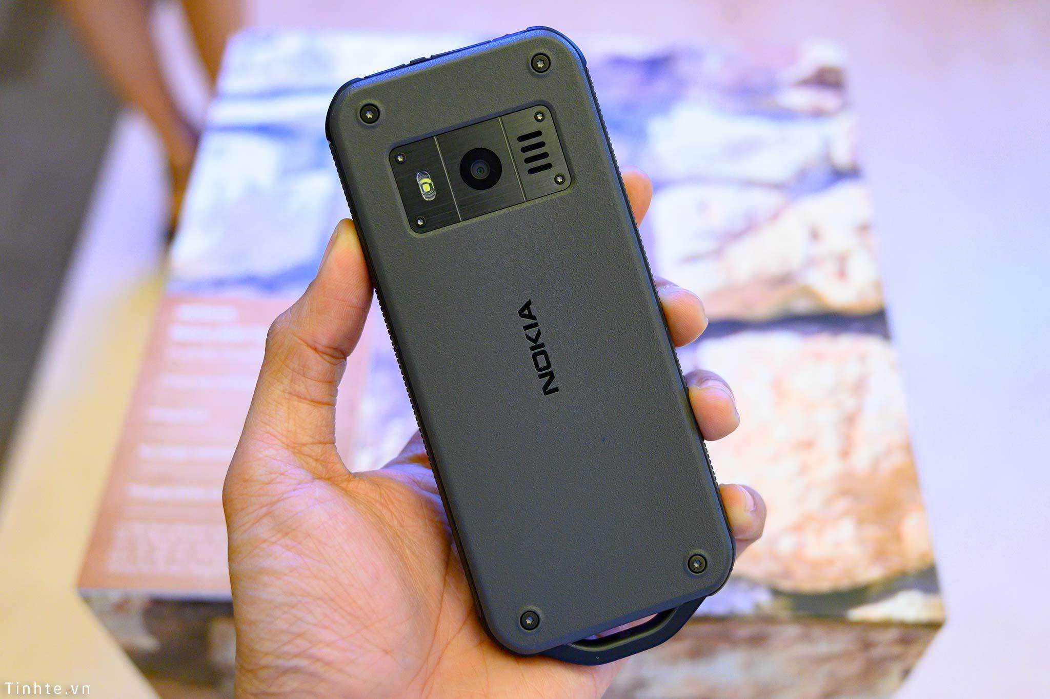 Nokia_800_Tough_tinhte_4.jpg