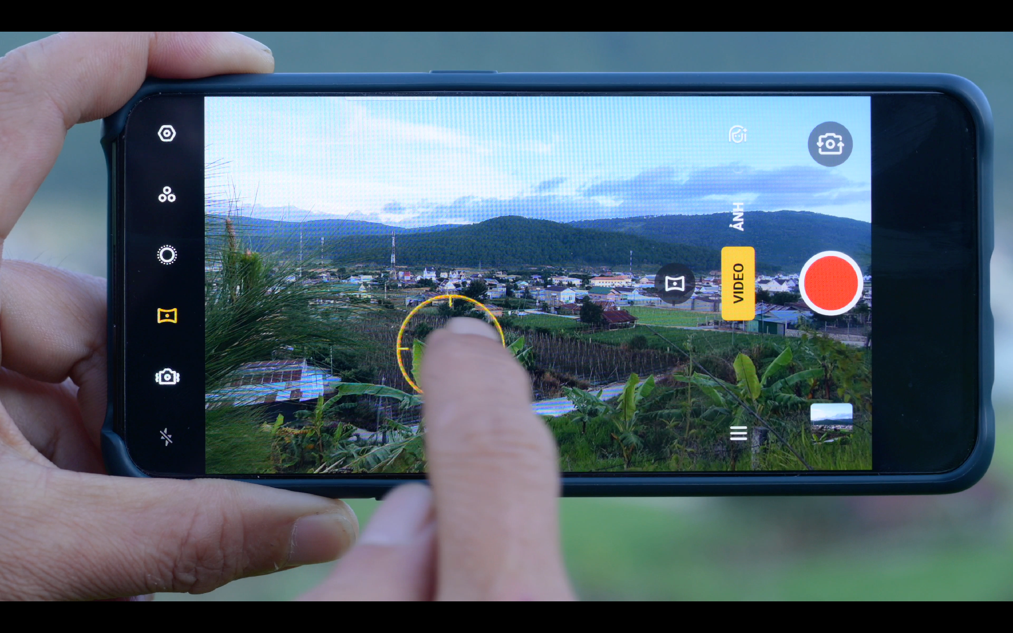 video_oppo_reno 2_camera.tinhte.vn00001.png