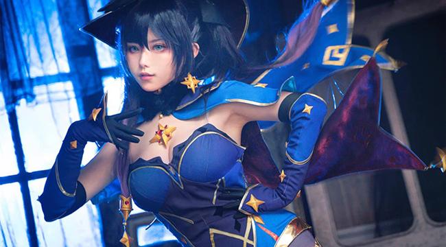 Genshin Impact: Ngẩn ngơ với cosplay Pháp sư Mona đầy quyến rũ