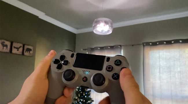 Lập trình viên Dubai biến PS4 thành bộ điều khiển đèn phòng khách